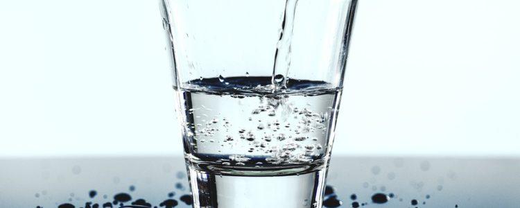 Sposoby na pozbycie się nadmiaru wody z organizmu